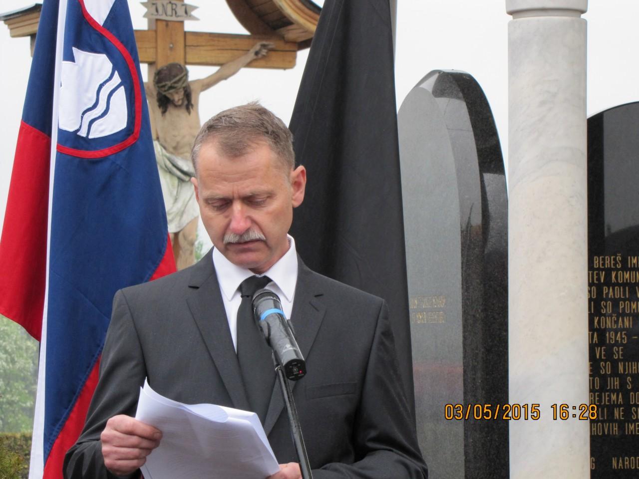 Jože Leskovec,  član odbora Farnih plošč Rovte in Predsednik občinskega odbora VSO Logatec