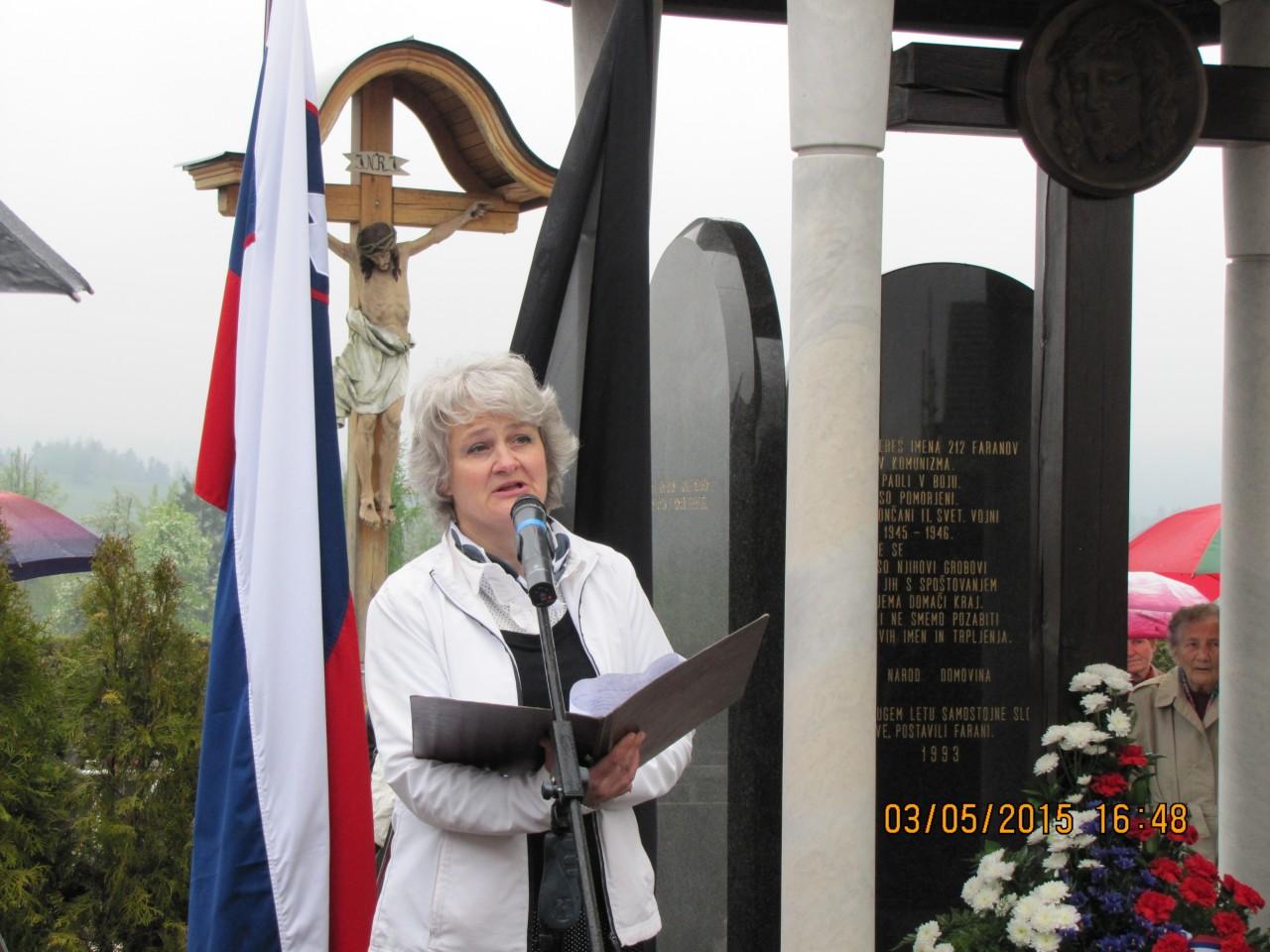 Judita Treven, članica spominskega odbora farnih plošč župnija Rovte in članica upravnega odbora Slovenske Zaveze
