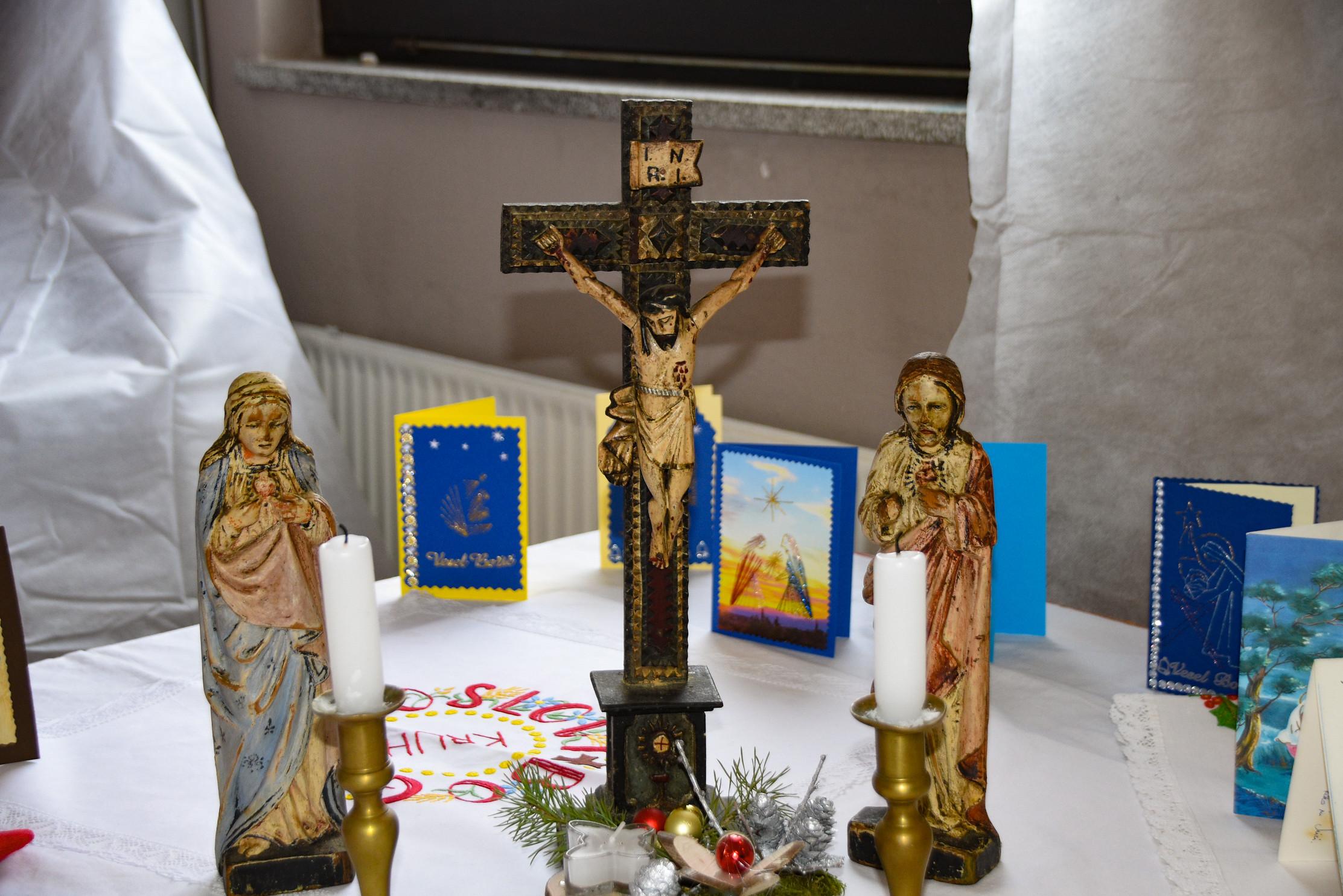 Križ in kipa Jezusovo in Marijino srce, Dolenc Rudi, Rovte 18